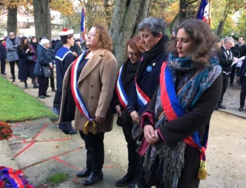 Vidéo. À la cérémonie du 101e anniversaire du 11 Novembre Armistice 2019 , après l'Arc de Triomphe,ici au Père Lachaise en souvenirs des combattants étrangers, puis à la Mairie du 20ème. Hommage aux morts, et se rappeler : le nationalisme c'est la guerre.
