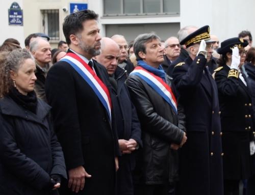 Vidéo. 5 ans après, commémoration en l'honneur des journalistes et dessinateurs de Charlie, des juifs de l'hypercacher, et du policier Ahmed Merabet, assassinés par des terroristes islamistes le 7 janvier 2015 à Paris. Ne jamais oublier. #Libertedexpression #stopAntisemitisme